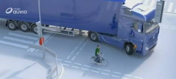 Road safety: beware of bikes in the blind spot
